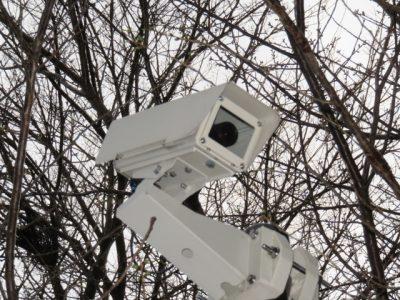 地域の安全を守る防犯カメラと監視カメラ