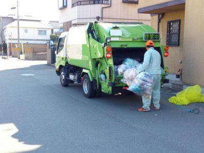 ゴミ捨てトラブルの防止に防犯監視カメラを自治体で導入